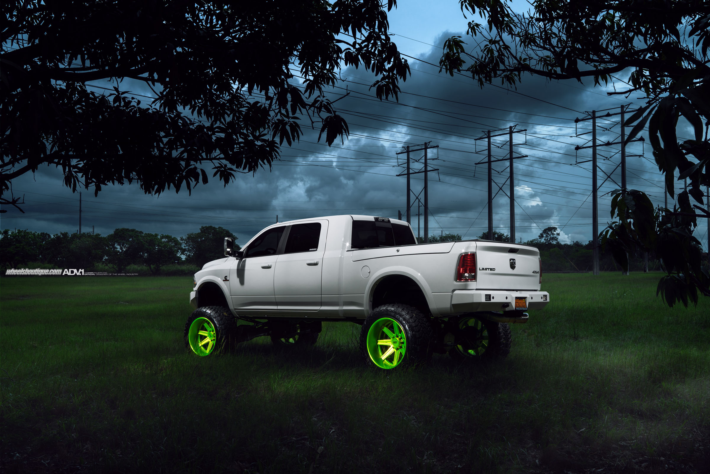 ADV1-dodge-Ram-2500-hd-rims-Lifted-cummins-4x4-forged-H